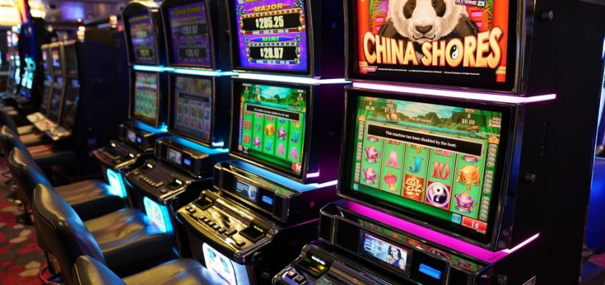 Make Money By Winning The Slot Game Online